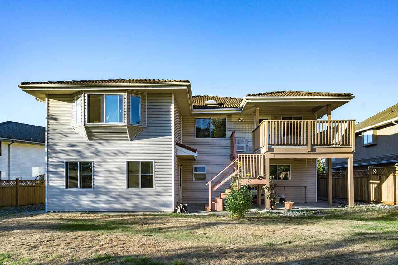 Detached at 110 VISCOUNT PLACE, New Westminster, British Columbia. Image 19
