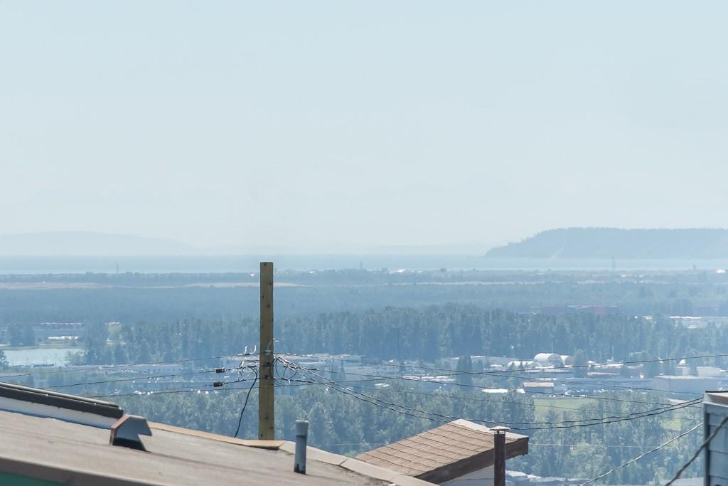 Half-duplex at 5645 NEVILLE STREET, Burnaby South, British Columbia. Image 19