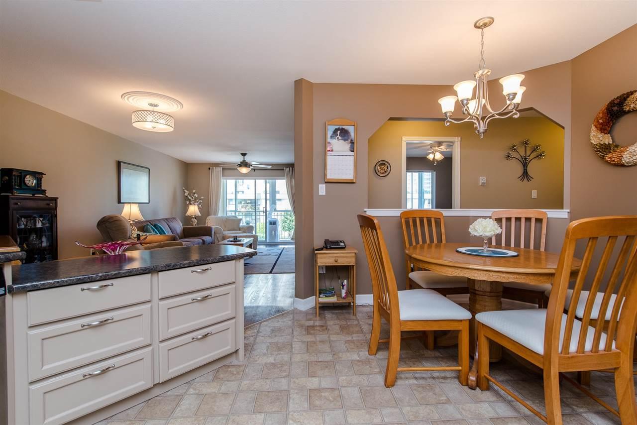 Condo Apartment at 217 31930 OLD YALE ROAD, Unit 217, Abbotsford, British Columbia. Image 6