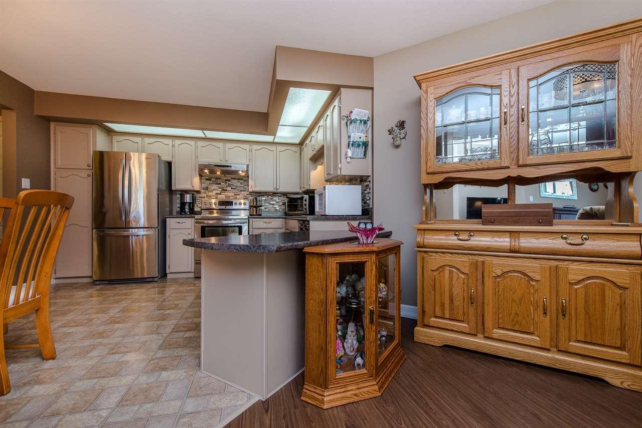 Condo Apartment at 217 31930 OLD YALE ROAD, Unit 217, Abbotsford, British Columbia. Image 7