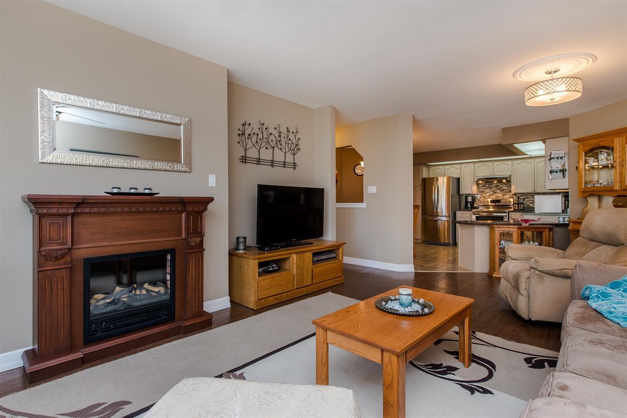 Condo Apartment at 217 31930 OLD YALE ROAD, Unit 217, Abbotsford, British Columbia. Image 10