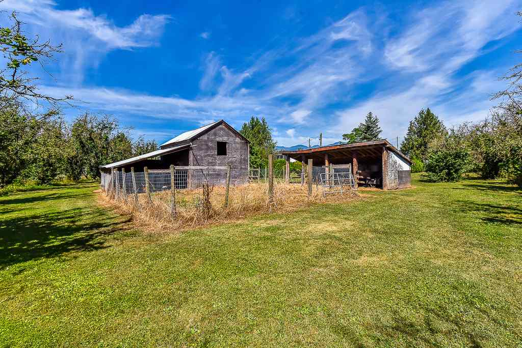 Detached at 47390 SWEETBRIAR AVENUE, Chilliwack, British Columbia. Image 19