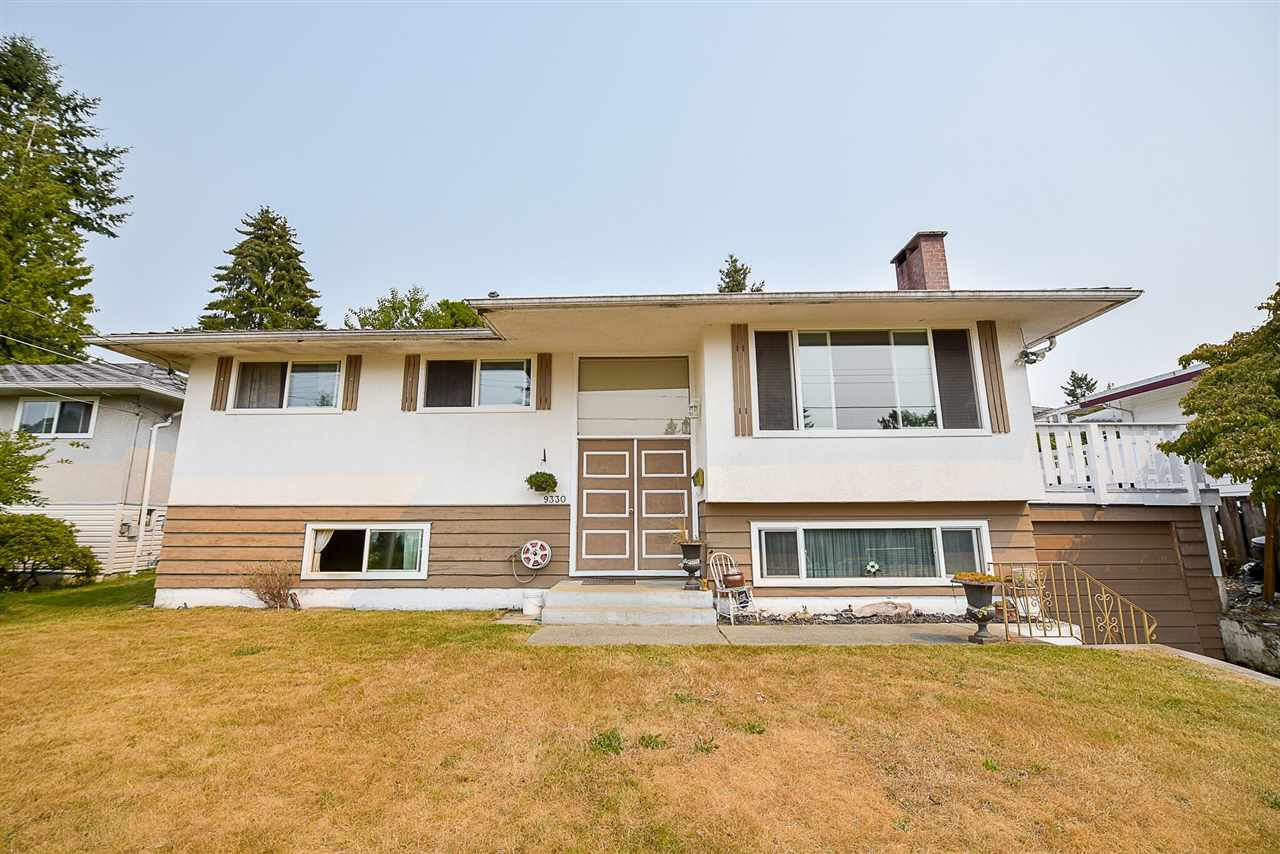 Detached at 9330 115A STREET, N. Delta, British Columbia. Image 2