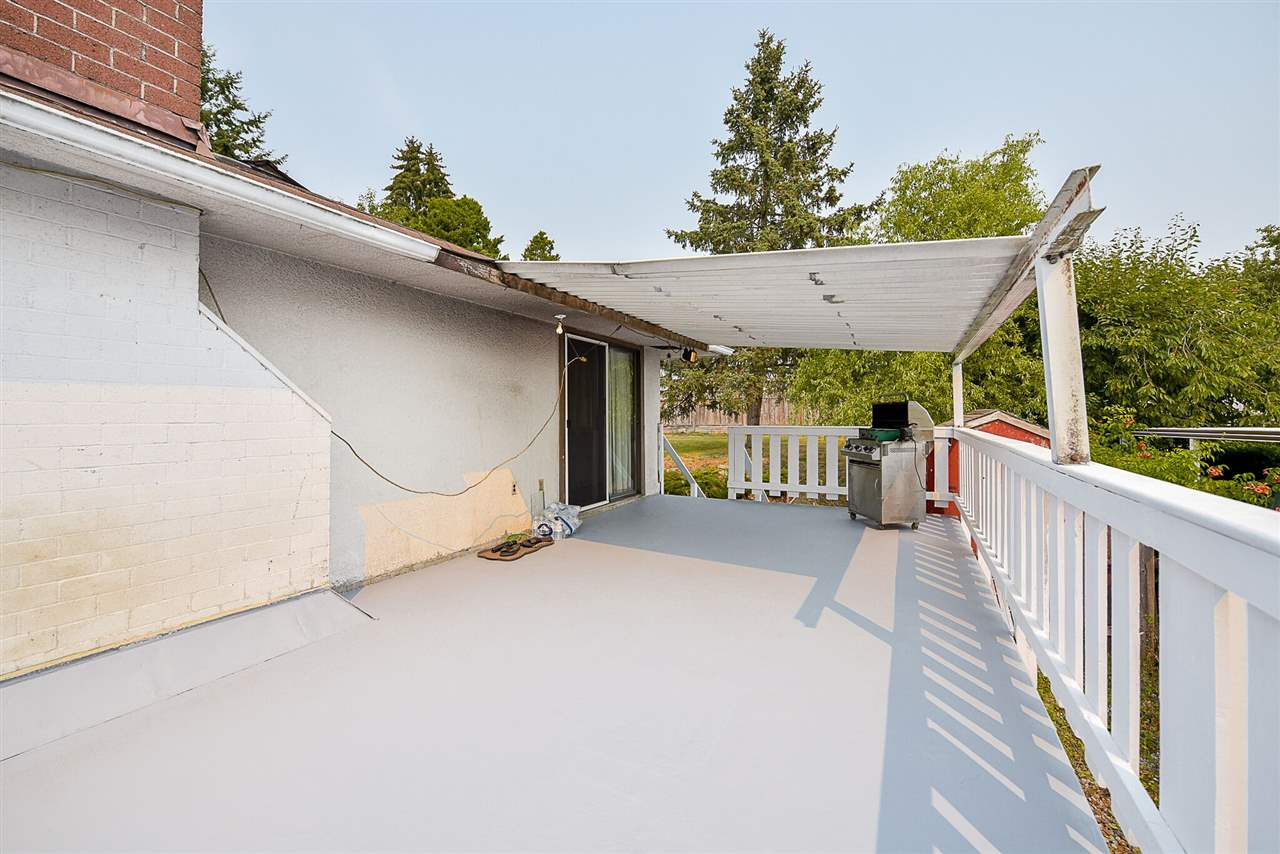 Detached at 9330 115A STREET, N. Delta, British Columbia. Image 19