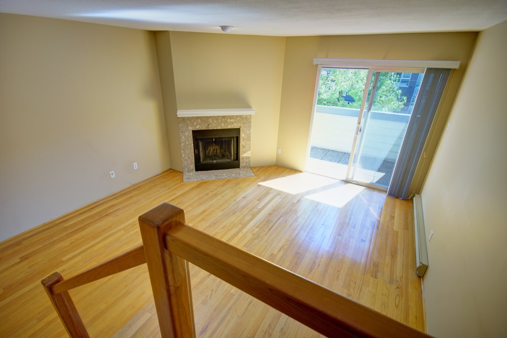 Townhouse at 104 3753 W 10TH AVENUE, Unit 104, Vancouver West, British Columbia. Image 4