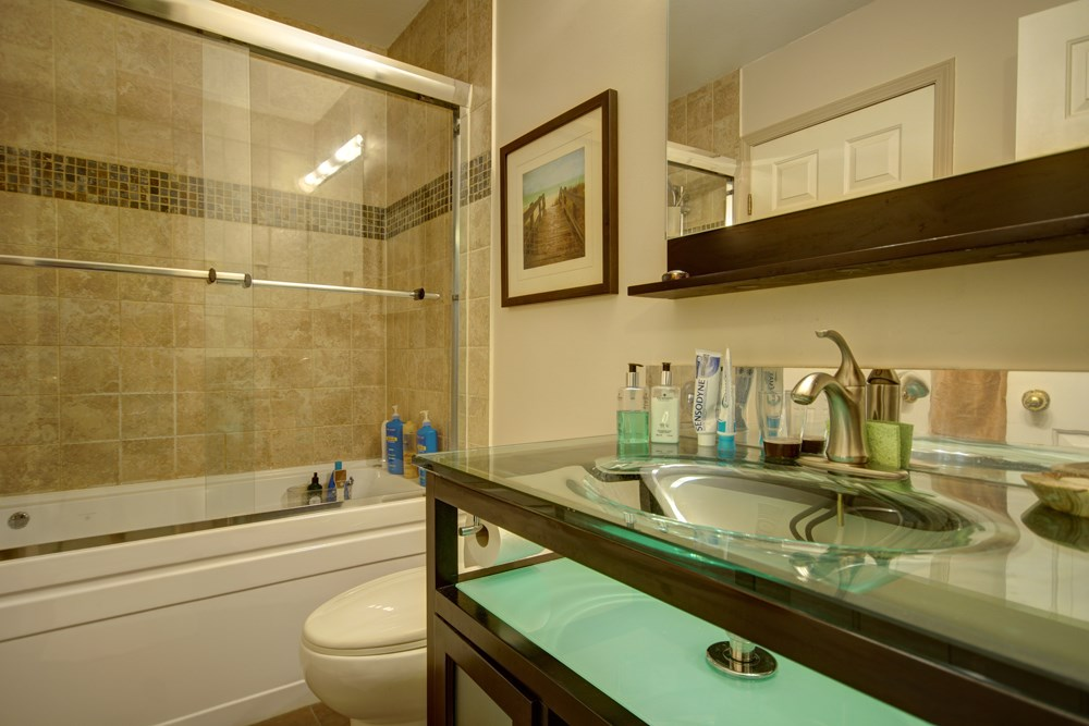Townhouse at 104 3753 W 10TH AVENUE, Unit 104, Vancouver West, British Columbia. Image 13