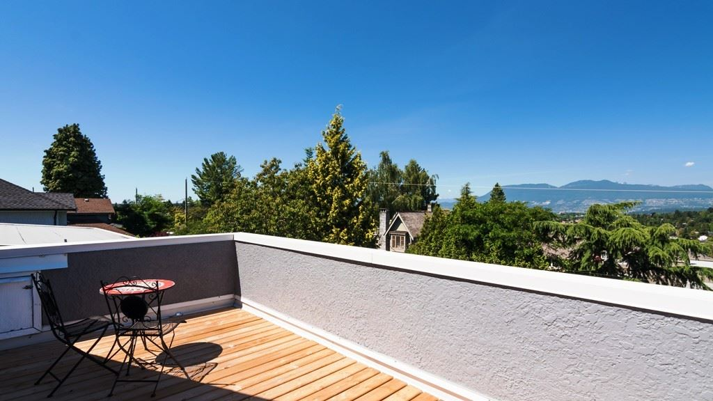 Detached at 1957 W 37TH AVENUE, Vancouver West, British Columbia. Image 14