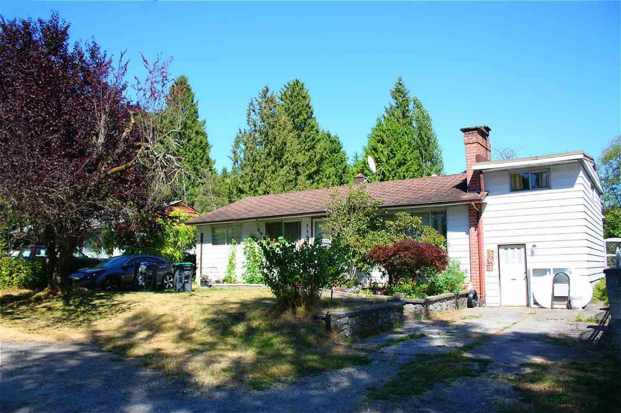 Detached at 9884 138 STREET, North Surrey, British Columbia. Image 1