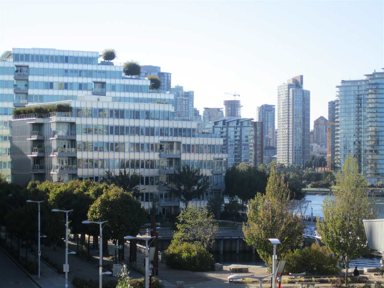 Condo Apartment at 405 12 ATHLETES WAY, Unit 405, Vancouver West, British Columbia. Image 2