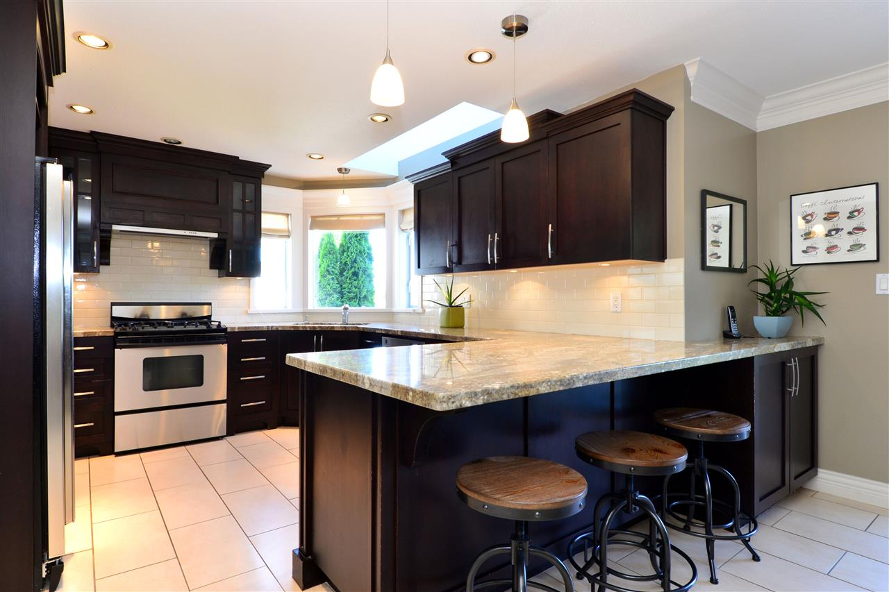 Detached at 7117 RIDGEVIEW DRIVE, Burnaby North, British Columbia. Image 6