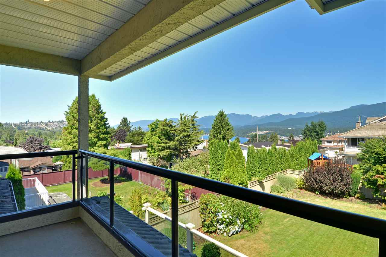 Detached at 7117 RIDGEVIEW DRIVE, Burnaby North, British Columbia. Image 14
