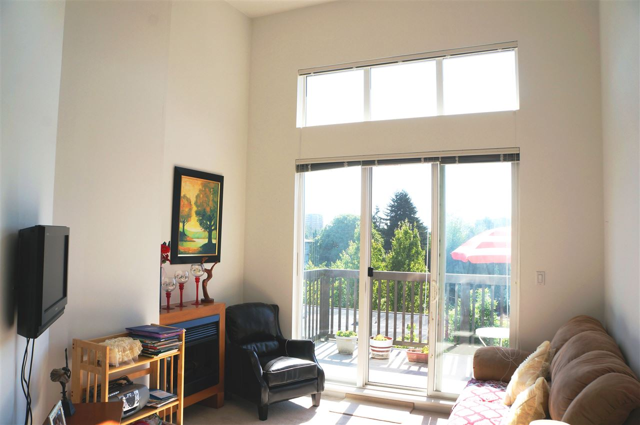 Condo Apartment at 409 9233 FERNDALE ROAD, Unit 409, Richmond, British Columbia. Image 2