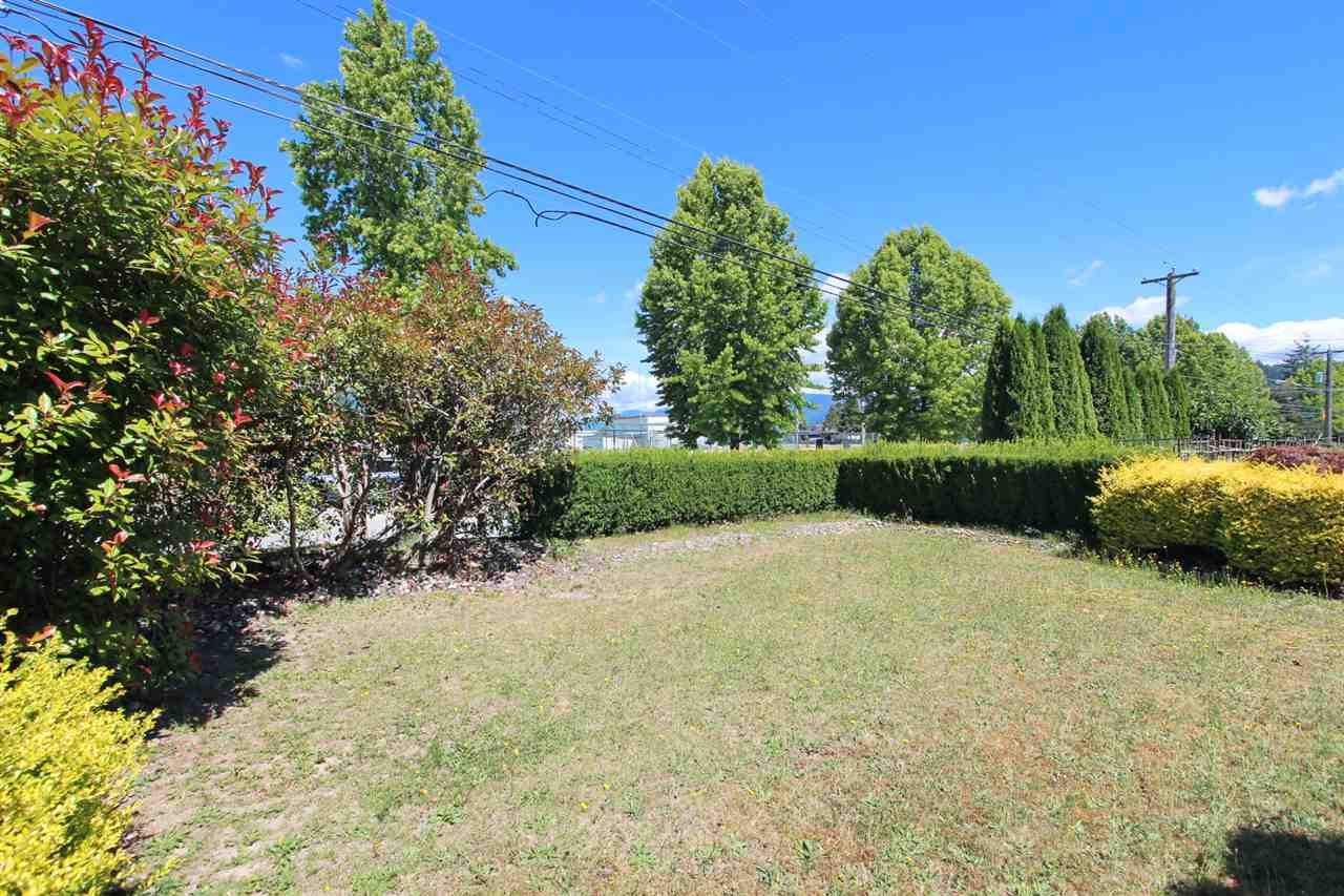 Detached at 6362 CURTIS STREET, Burnaby North, British Columbia. Image 3