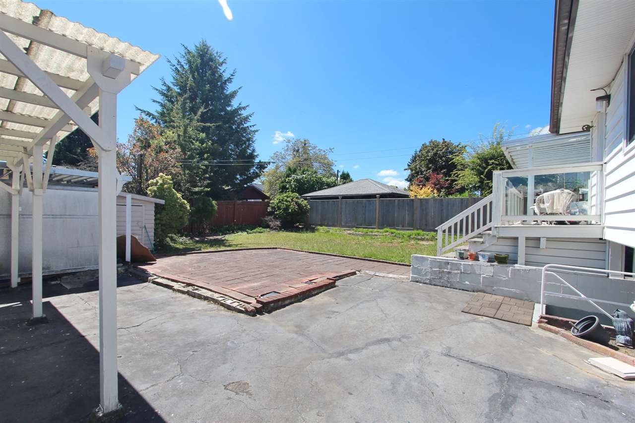 Detached at 6362 CURTIS STREET, Burnaby North, British Columbia. Image 4