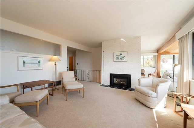 Detached at 3312 WESTMOUNT ROAD, West Vancouver, British Columbia. Image 6