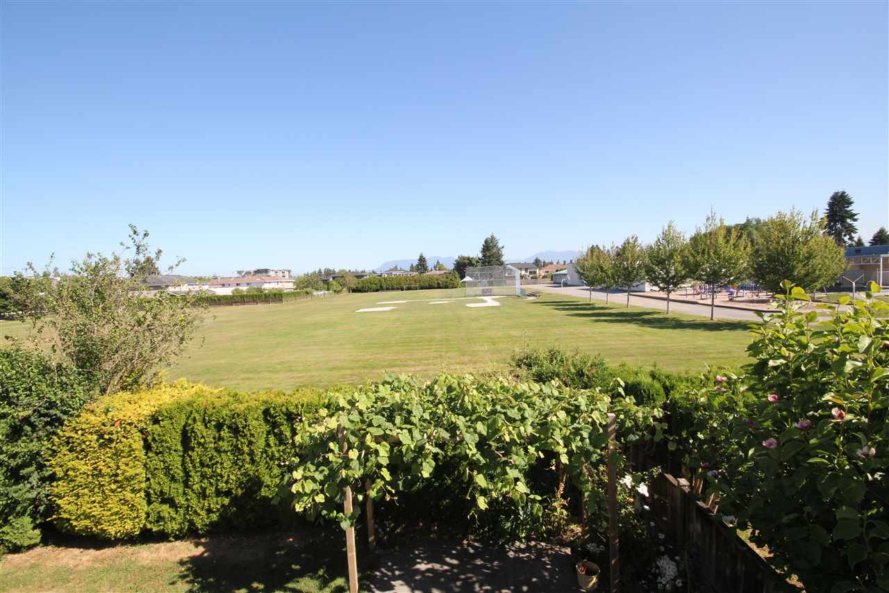 Detached at 6271 NICOLLE PLACE, Richmond, British Columbia. Image 2