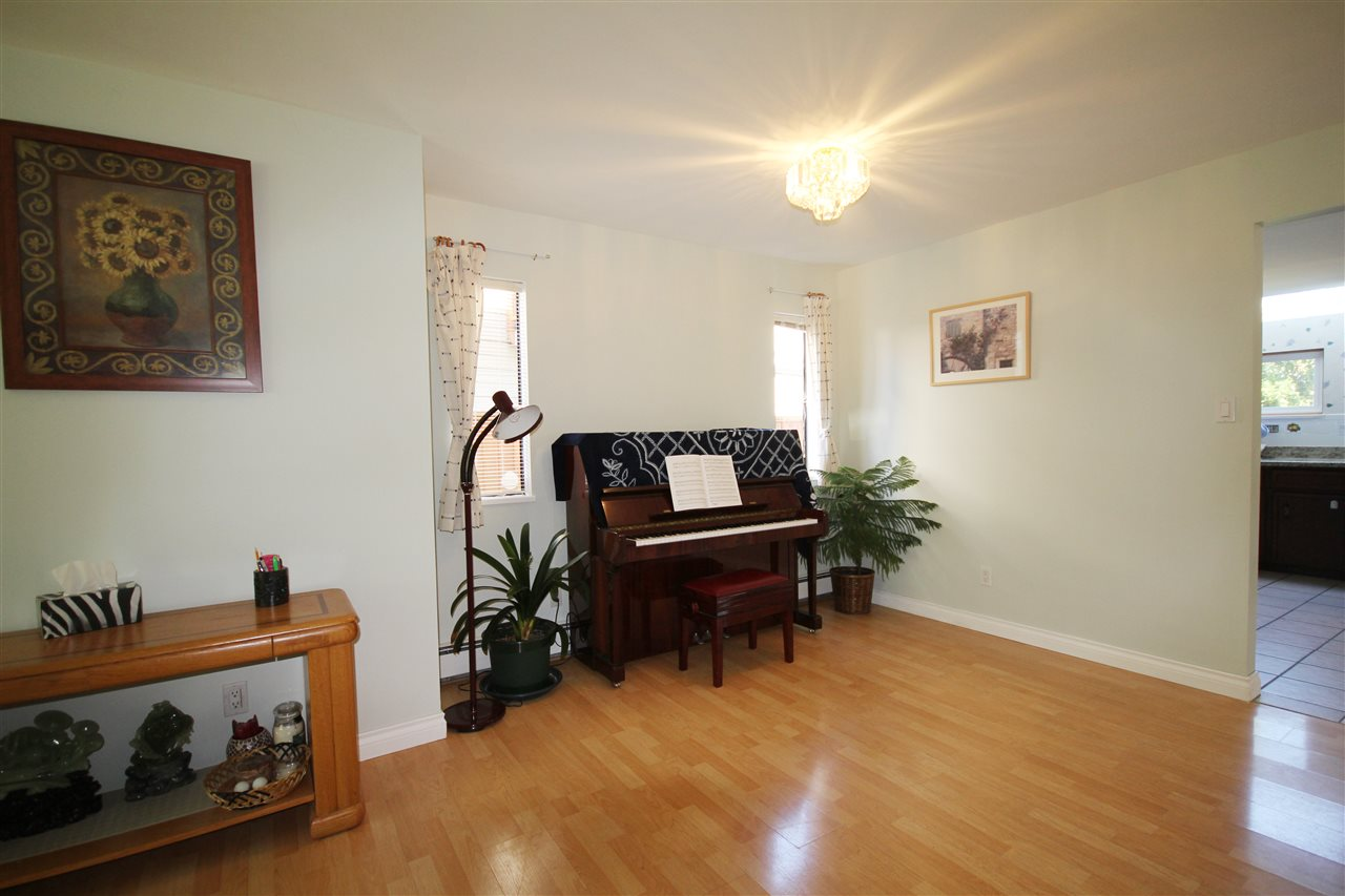 Detached at 6271 NICOLLE PLACE, Richmond, British Columbia. Image 4