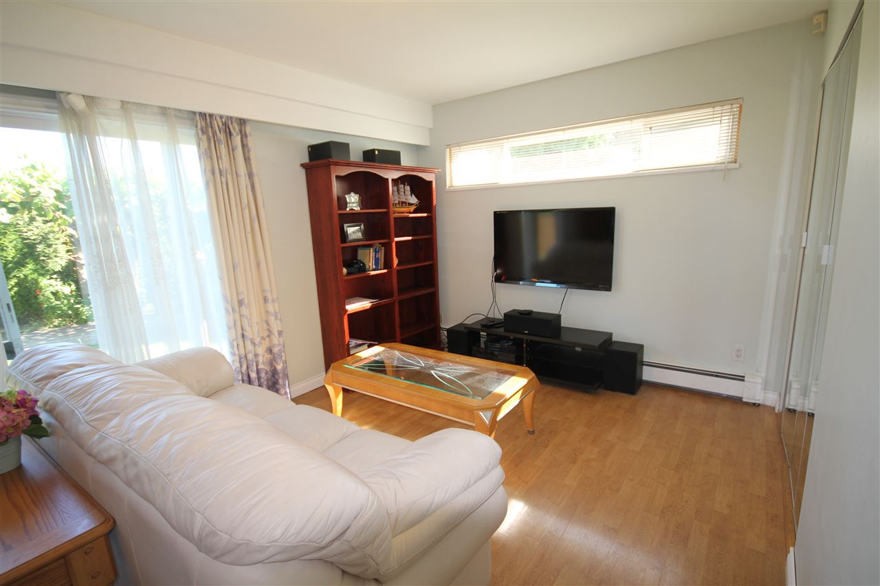 Detached at 6271 NICOLLE PLACE, Richmond, British Columbia. Image 5
