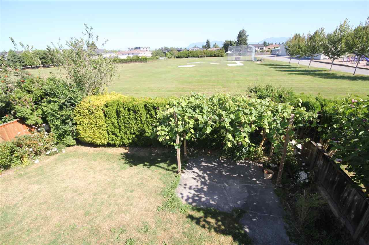 Detached at 6271 NICOLLE PLACE, Richmond, British Columbia. Image 13