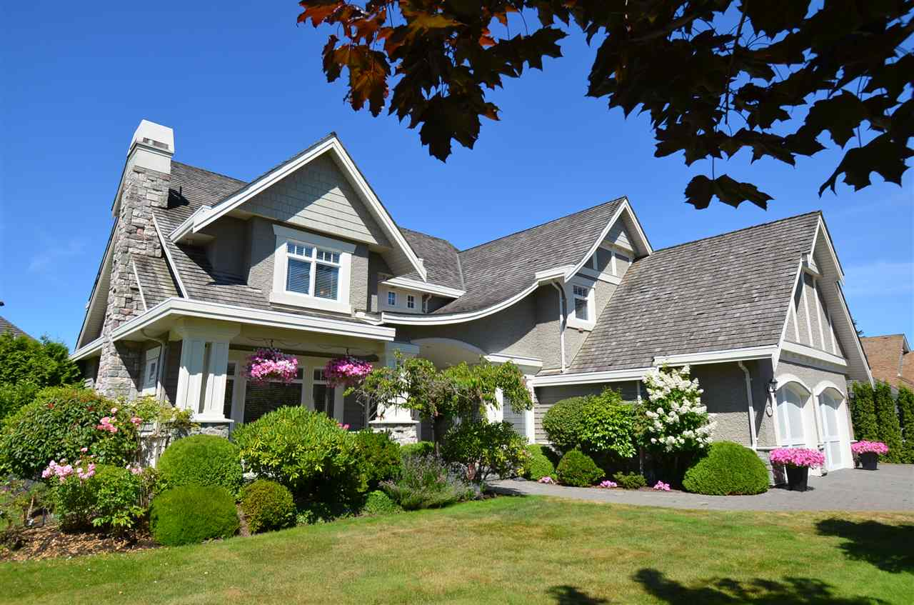 Detached at 2067 138A STREET, South Surrey White Rock, British Columbia. Image 2