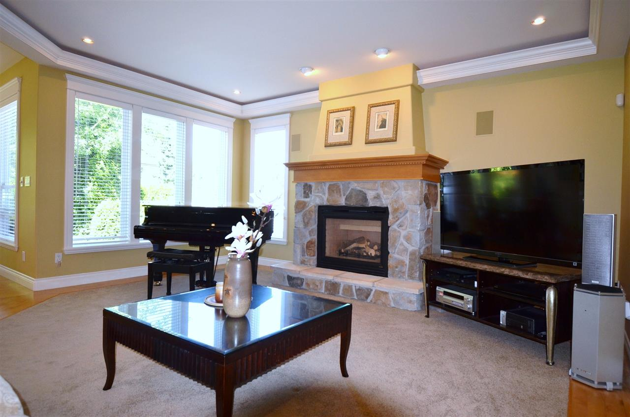 Detached at 2067 138A STREET, South Surrey White Rock, British Columbia. Image 13