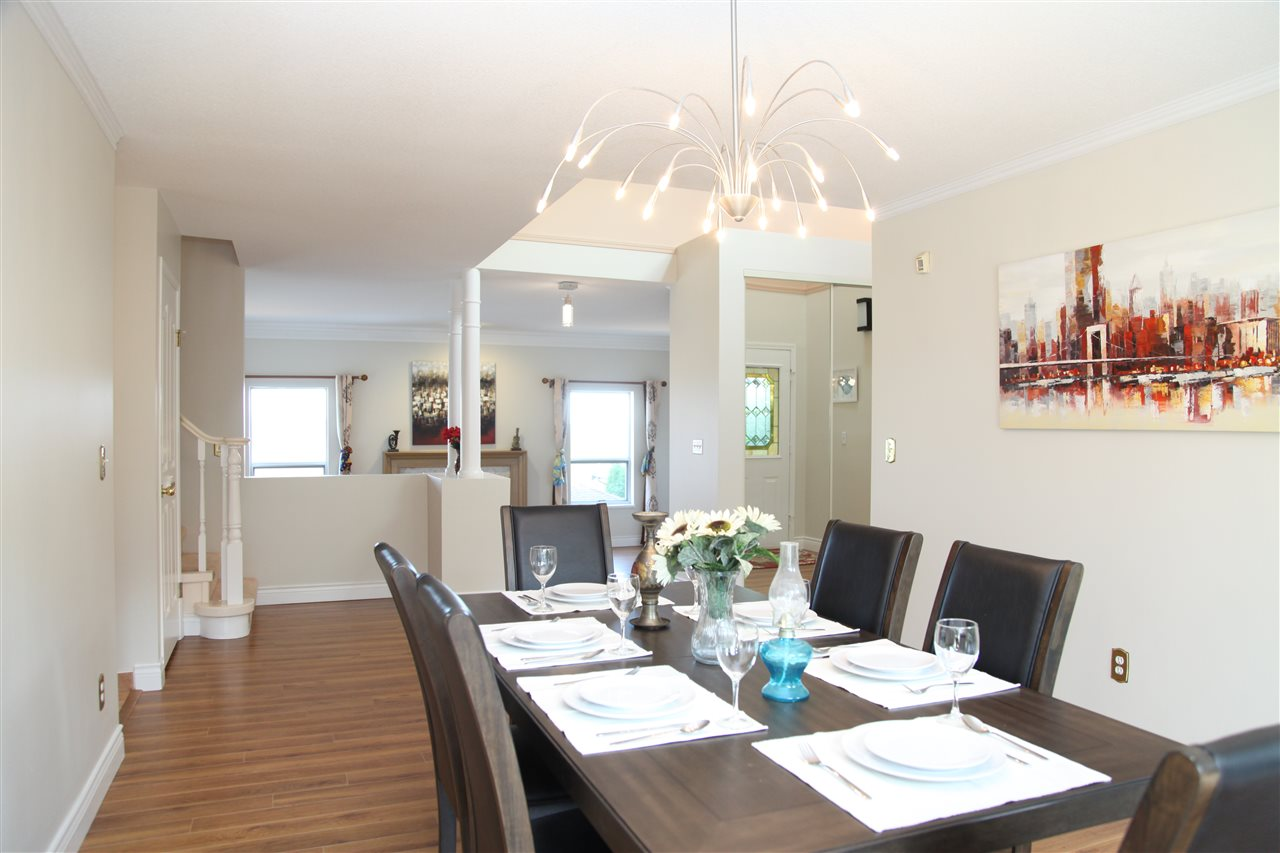 Detached at 2652 BREWSTER DRIVE, Coquitlam, British Columbia. Image 4