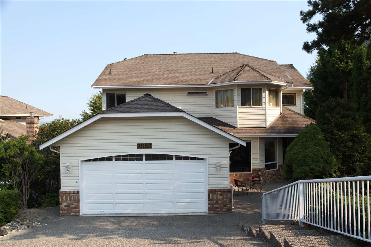 Detached at 2652 BREWSTER DRIVE, Coquitlam, British Columbia. Image 19