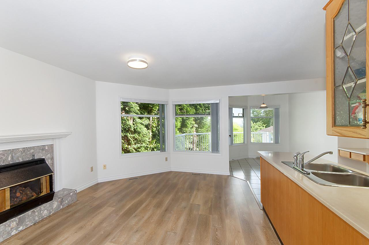 Detached at 1212 DURANT DRIVE, Coquitlam, British Columbia. Image 6
