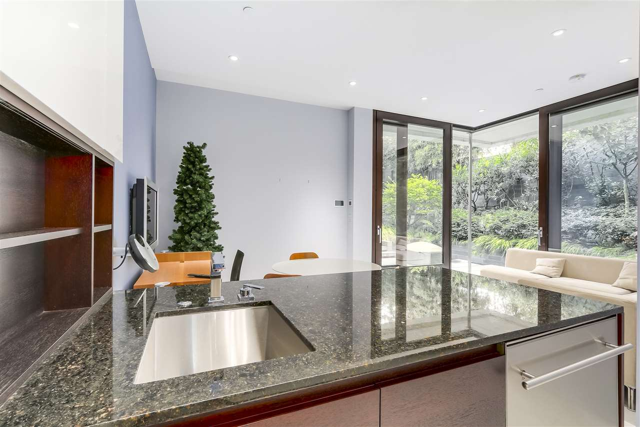 Detached at 3315 W 38TH AVENUE, Vancouver West, British Columbia. Image 15