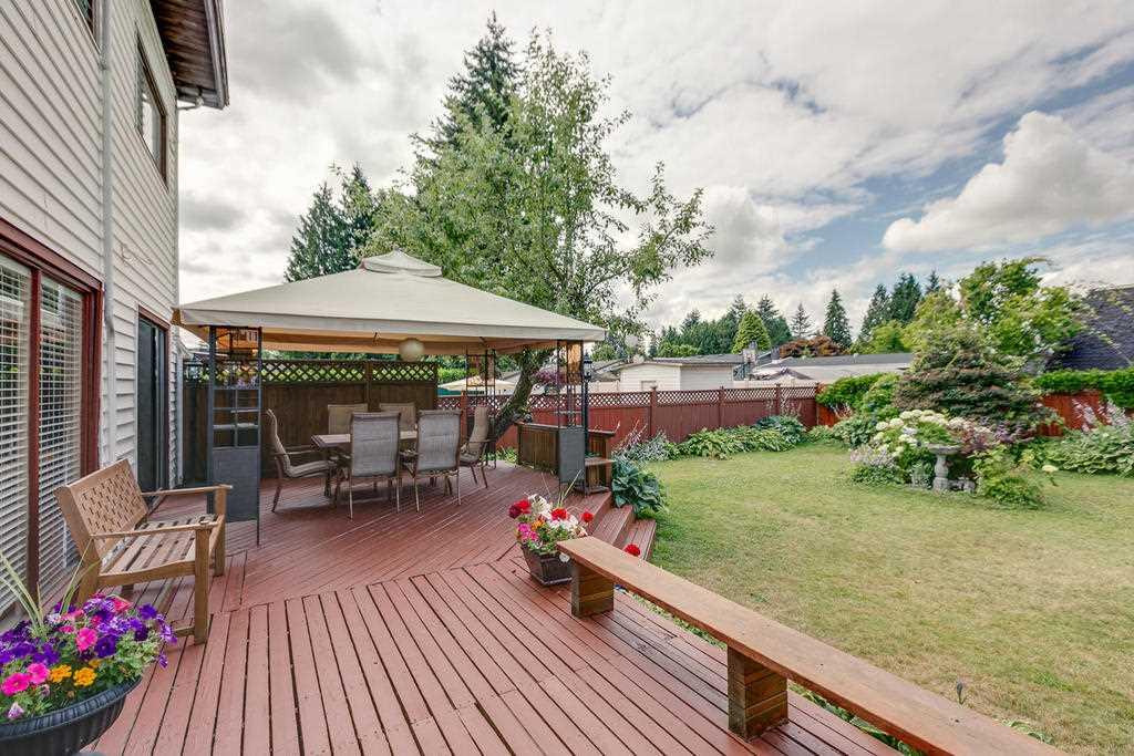 Detached at 12157 220 STREET, Maple Ridge, British Columbia. Image 8