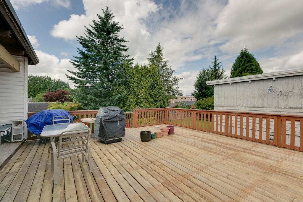 Detached at 12157 220 STREET, Maple Ridge, British Columbia. Image 20