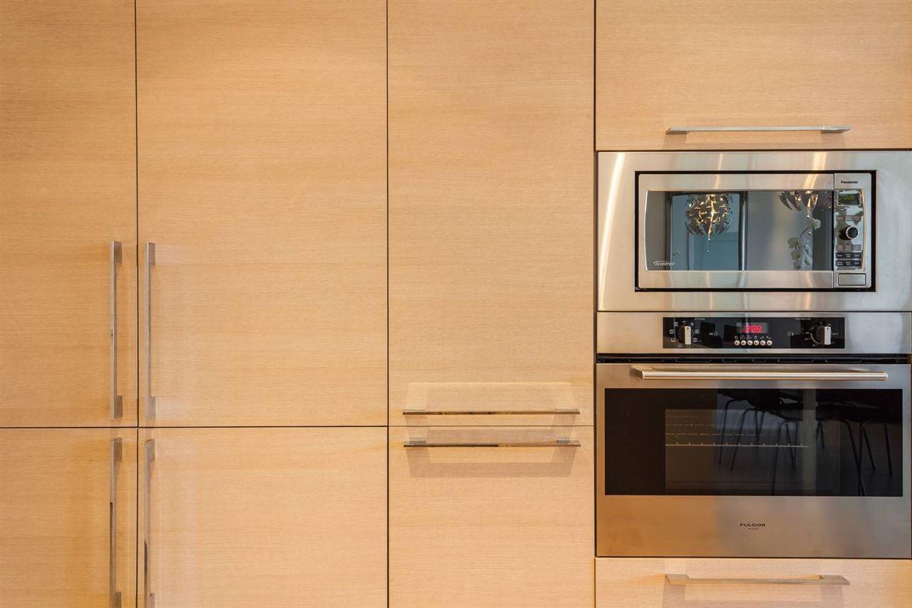 Condo Apartment at 908 1188 PINETREE WAY, Unit 908, Coquitlam, British Columbia. Image 4