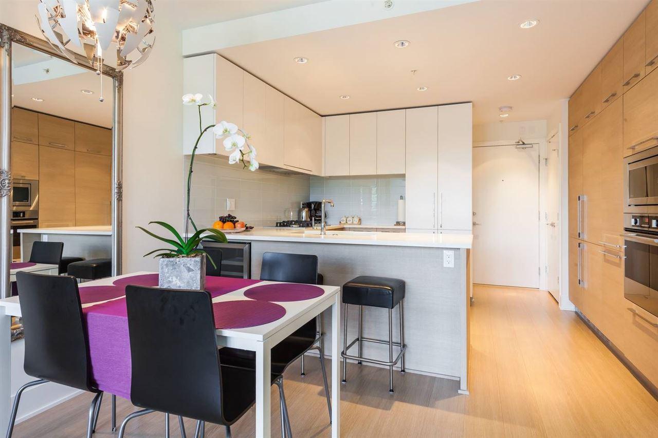 Condo Apartment at 908 1188 PINETREE WAY, Unit 908, Coquitlam, British Columbia. Image 5