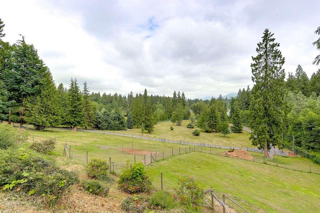 Detached at 26796 CUNNINGHAM AVENUE, Maple Ridge, British Columbia. Image 16