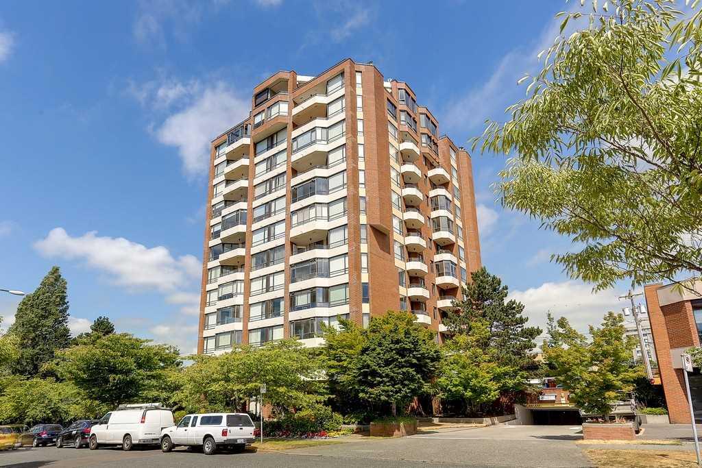 Condo Apartment at 501 2189 W 42ND AVENUE, Unit 501, Vancouver West, British Columbia. Image 1
