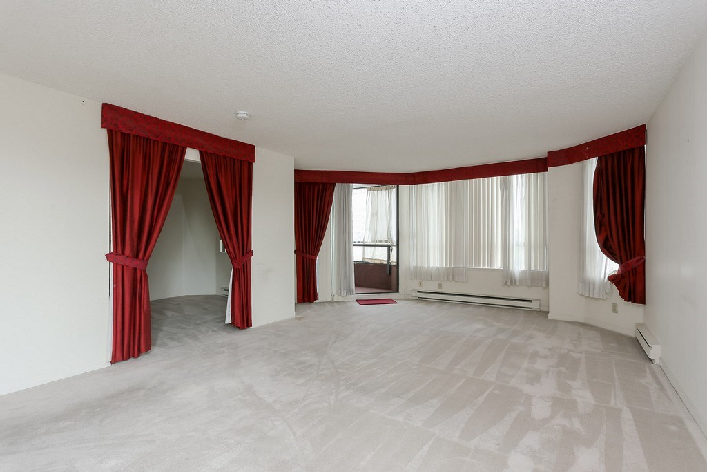 Condo Apartment at 501 2189 W 42ND AVENUE, Unit 501, Vancouver West, British Columbia. Image 4
