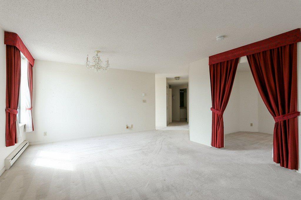 Condo Apartment at 501 2189 W 42ND AVENUE, Unit 501, Vancouver West, British Columbia. Image 5