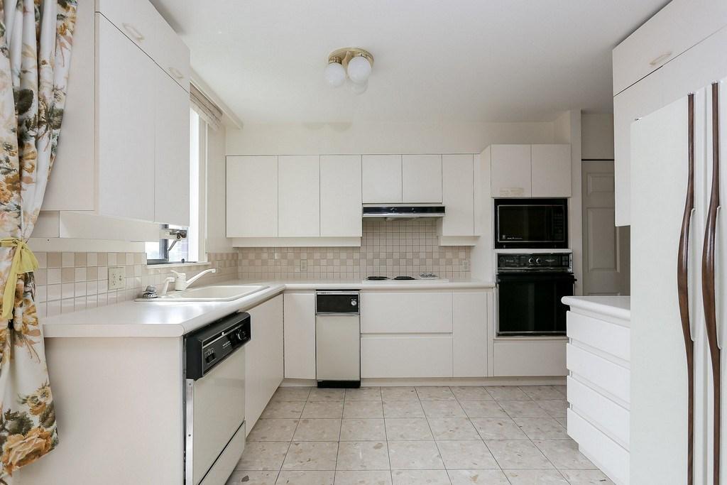 Condo Apartment at 501 2189 W 42ND AVENUE, Unit 501, Vancouver West, British Columbia. Image 7