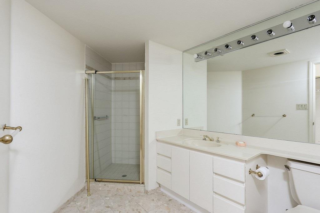 Condo Apartment at 501 2189 W 42ND AVENUE, Unit 501, Vancouver West, British Columbia. Image 17