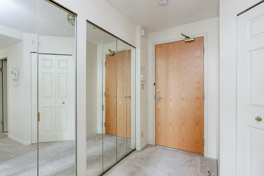 Condo Apartment at 501 2189 W 42ND AVENUE, Unit 501, Vancouver West, British Columbia. Image 20