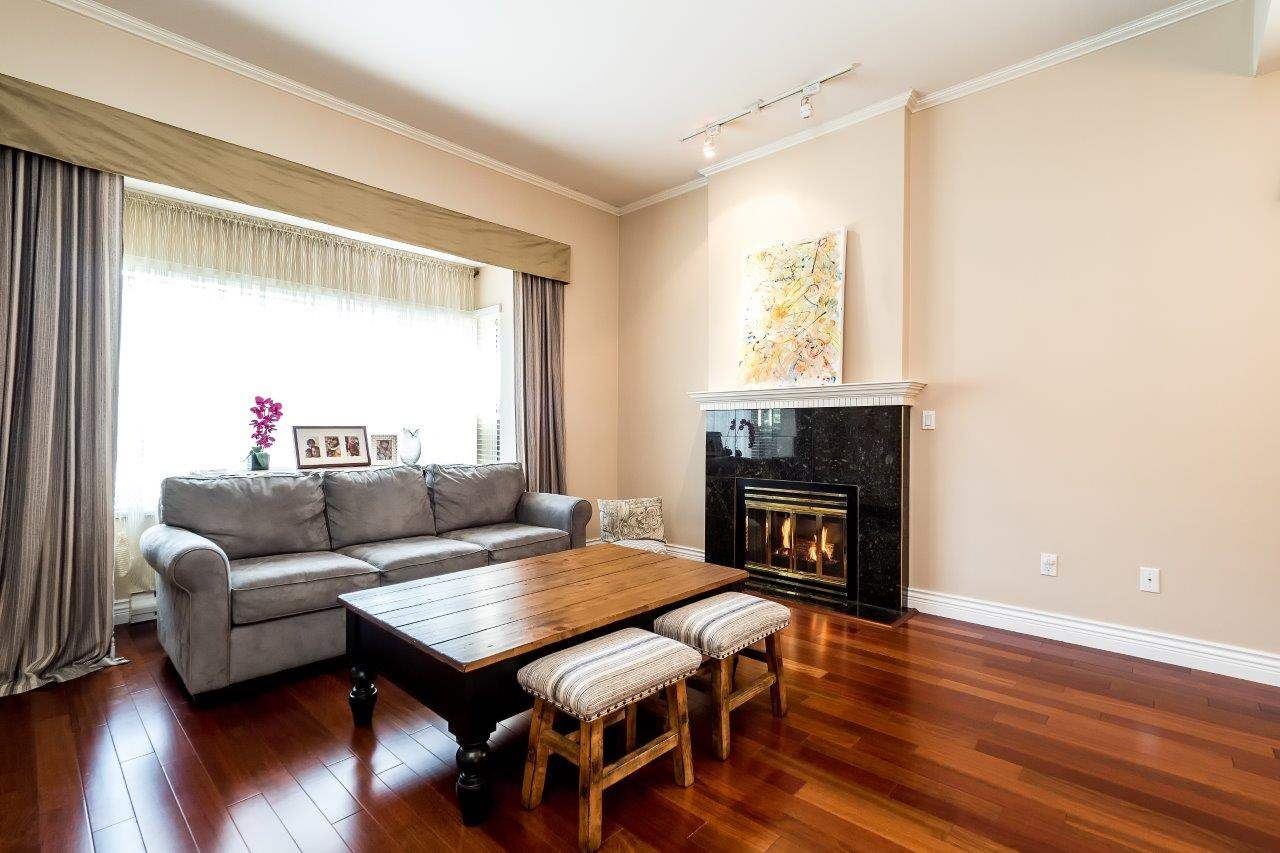 Townhouse at 6 1701 CHESTERFIELD AVENUE, Unit 6, North Vancouver, British Columbia. Image 2