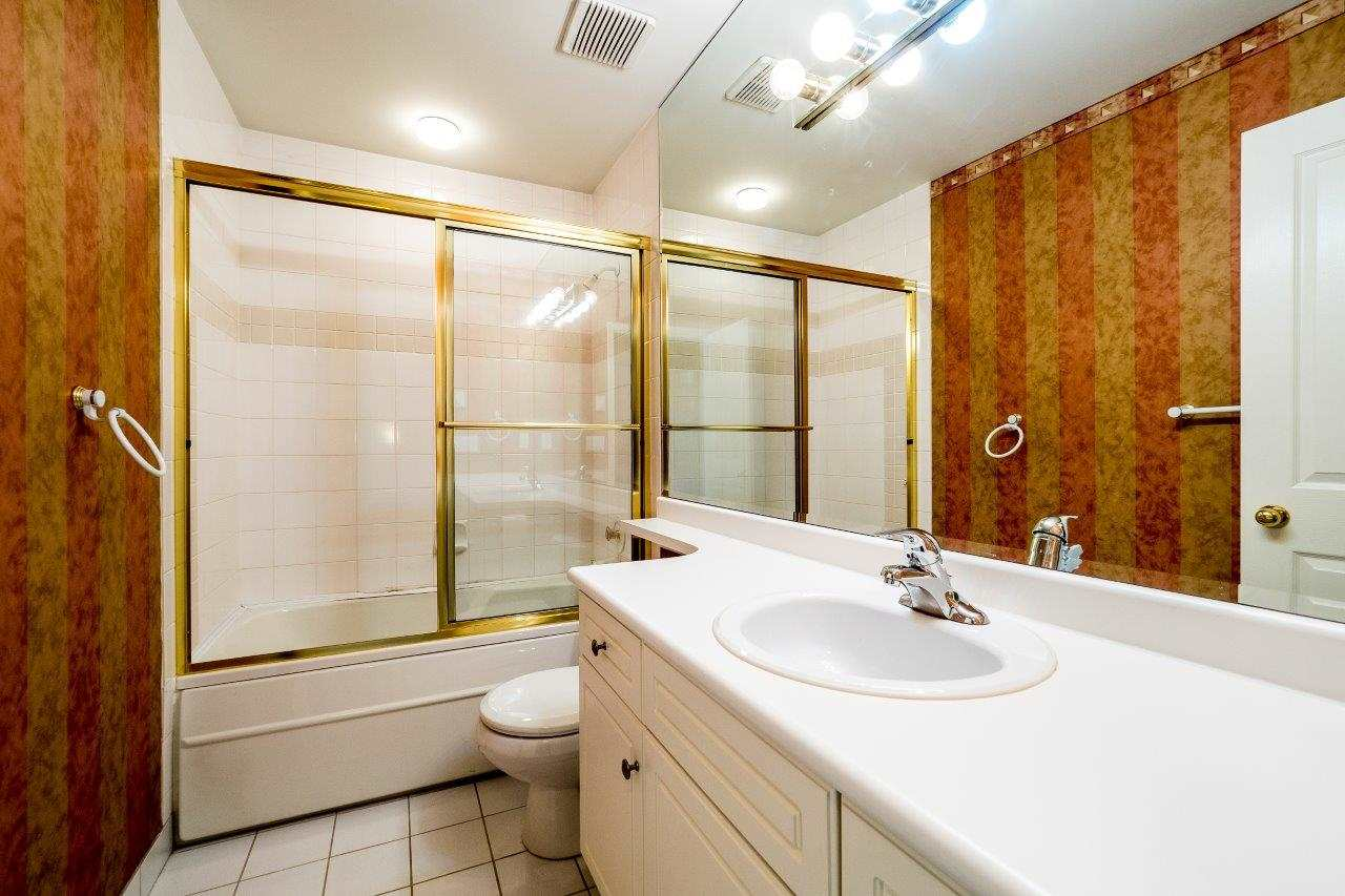 Townhouse at 6 1701 CHESTERFIELD AVENUE, Unit 6, North Vancouver, British Columbia. Image 15