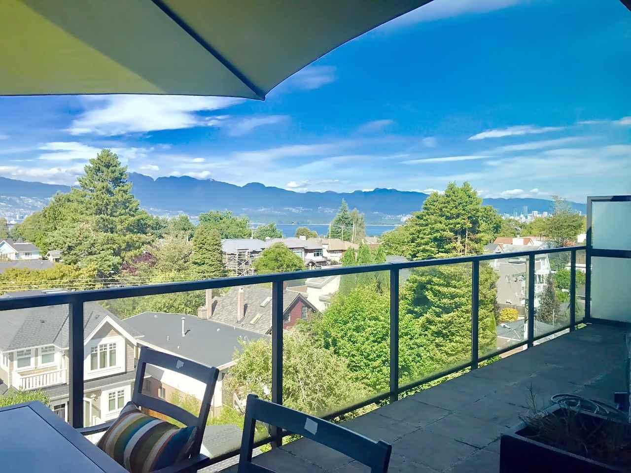 Condo Apartment at 408 4355 W 10TH AVENUE, Unit 408, Vancouver West, British Columbia. Image 2