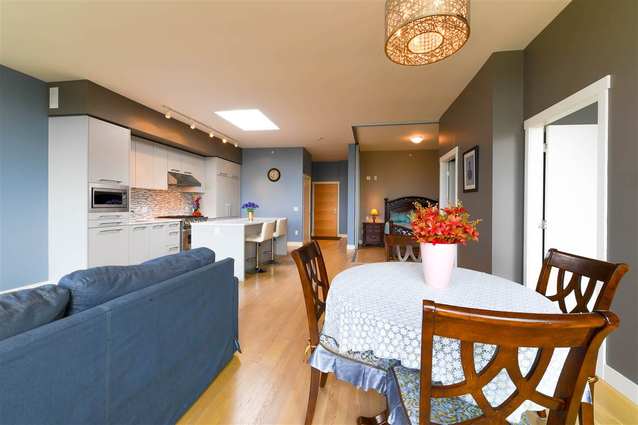 Condo Apartment at 408 4355 W 10TH AVENUE, Unit 408, Vancouver West, British Columbia. Image 5