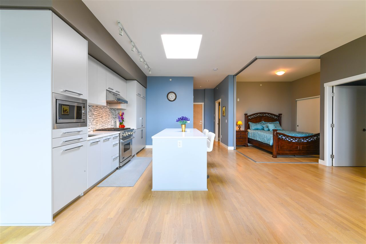 Condo Apartment at 408 4355 W 10TH AVENUE, Unit 408, Vancouver West, British Columbia. Image 11