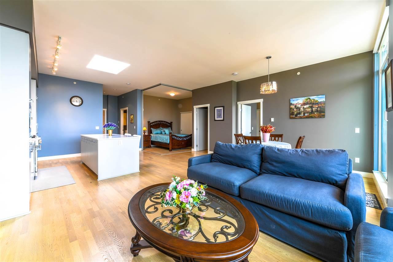 Condo Apartment at 408 4355 W 10TH AVENUE, Unit 408, Vancouver West, British Columbia. Image 12