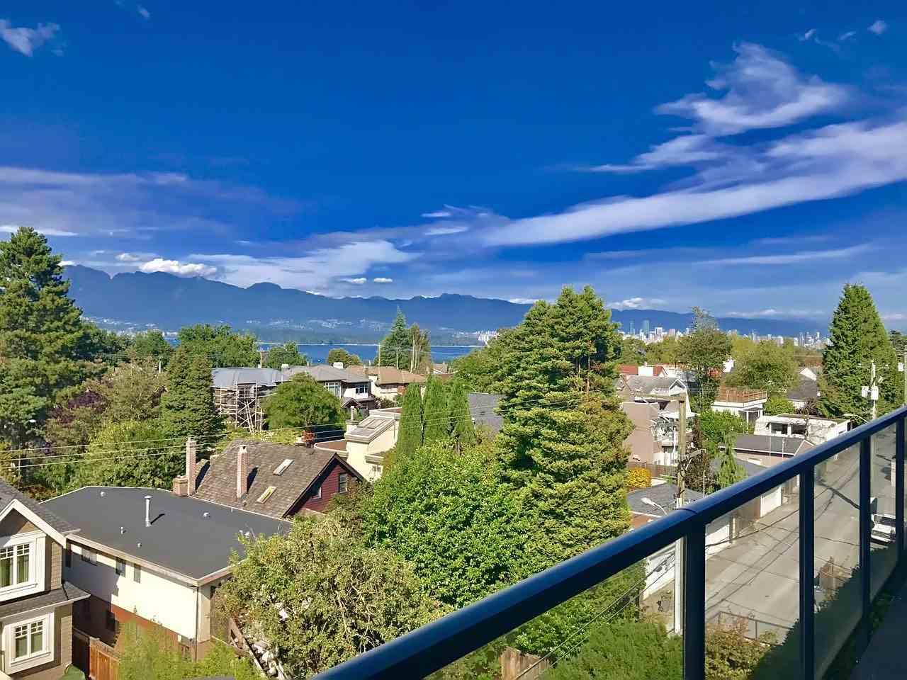 Condo Apartment at 408 4355 W 10TH AVENUE, Unit 408, Vancouver West, British Columbia. Image 18