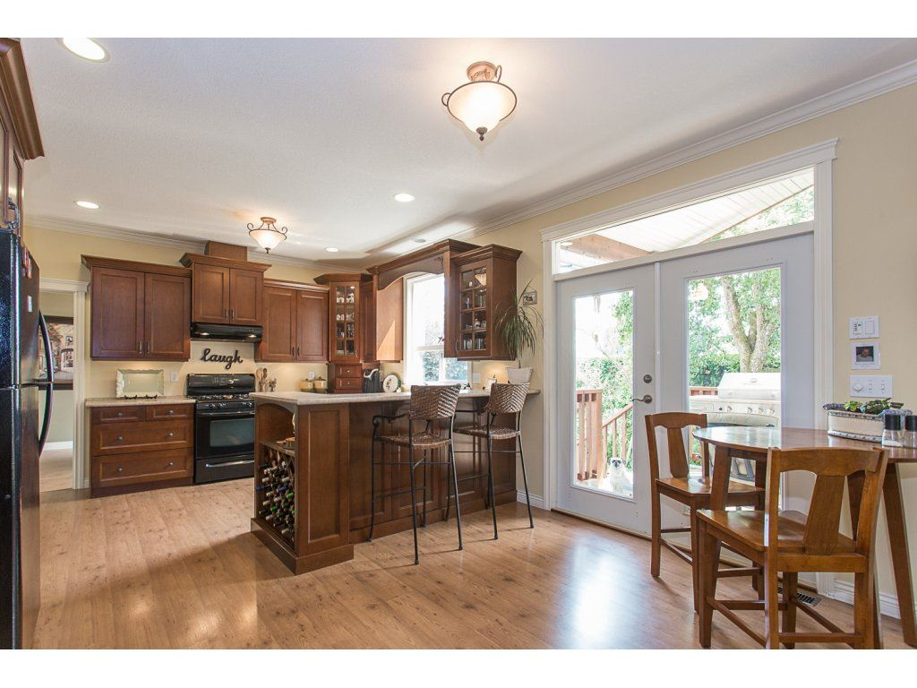 Detached at 34730 FENMO PLACE, Mission, British Columbia. Image 4