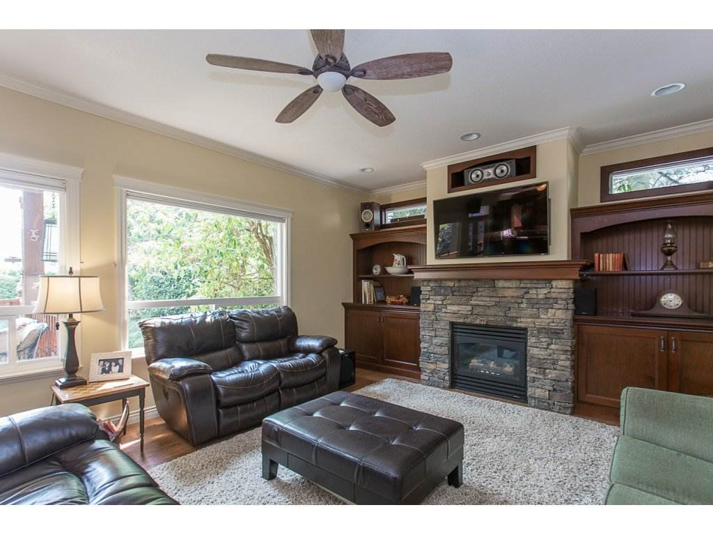 Detached at 34730 FENMO PLACE, Mission, British Columbia. Image 6