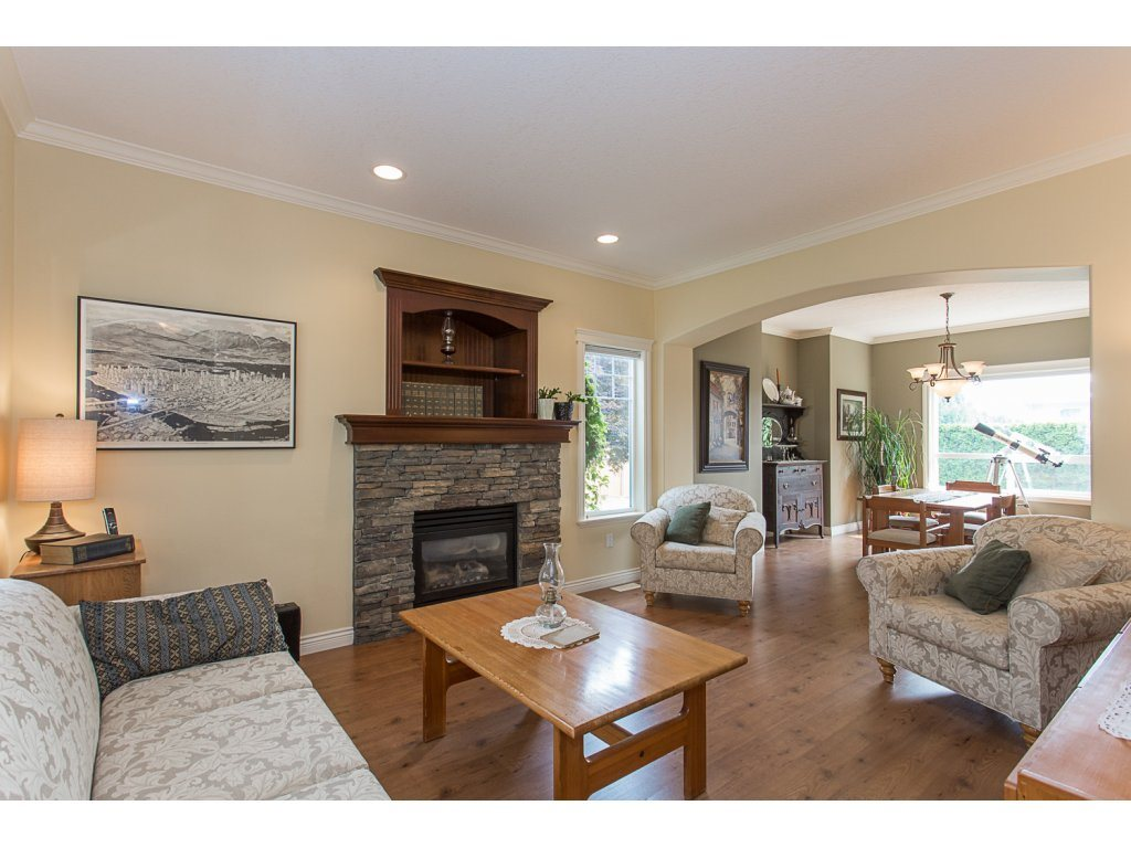 Detached at 34730 FENMO PLACE, Mission, British Columbia. Image 9